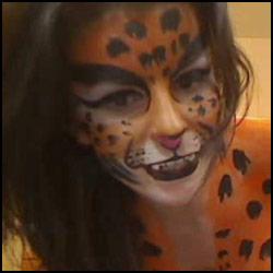 kickaz bodypainting tiger babe cam