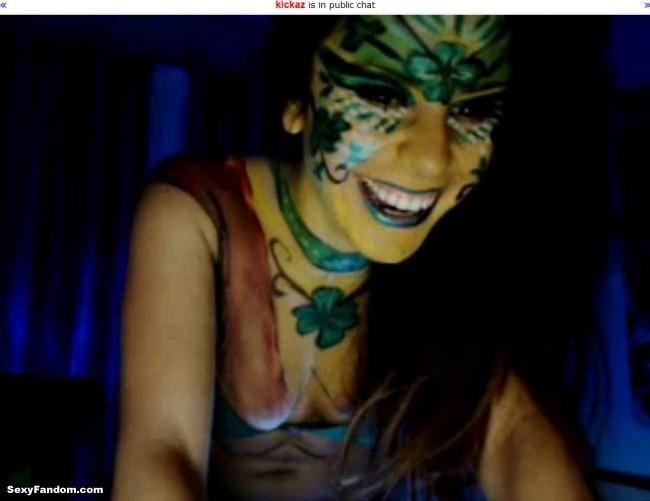 Kickaz St Patty Patricks Day Shamrock Bodypainting cam
