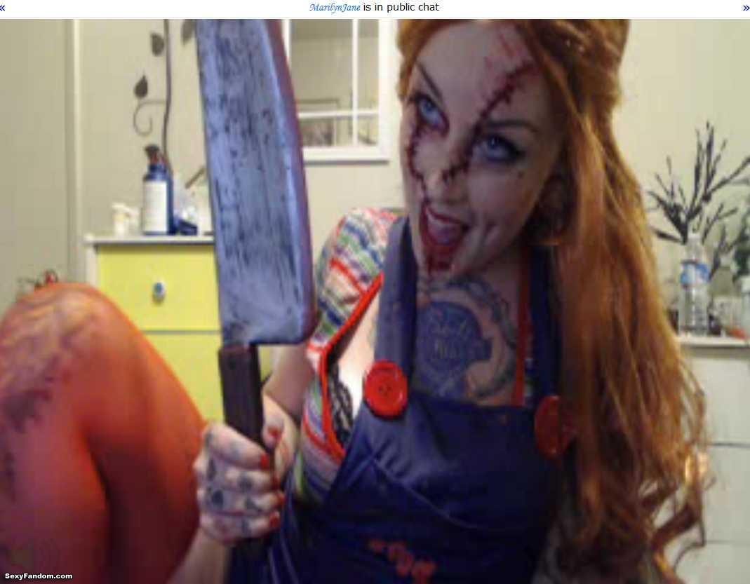 marilynjane chucky doll with-knife