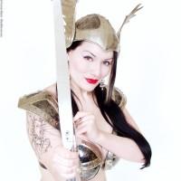 Dahlia Dark plays Cupid