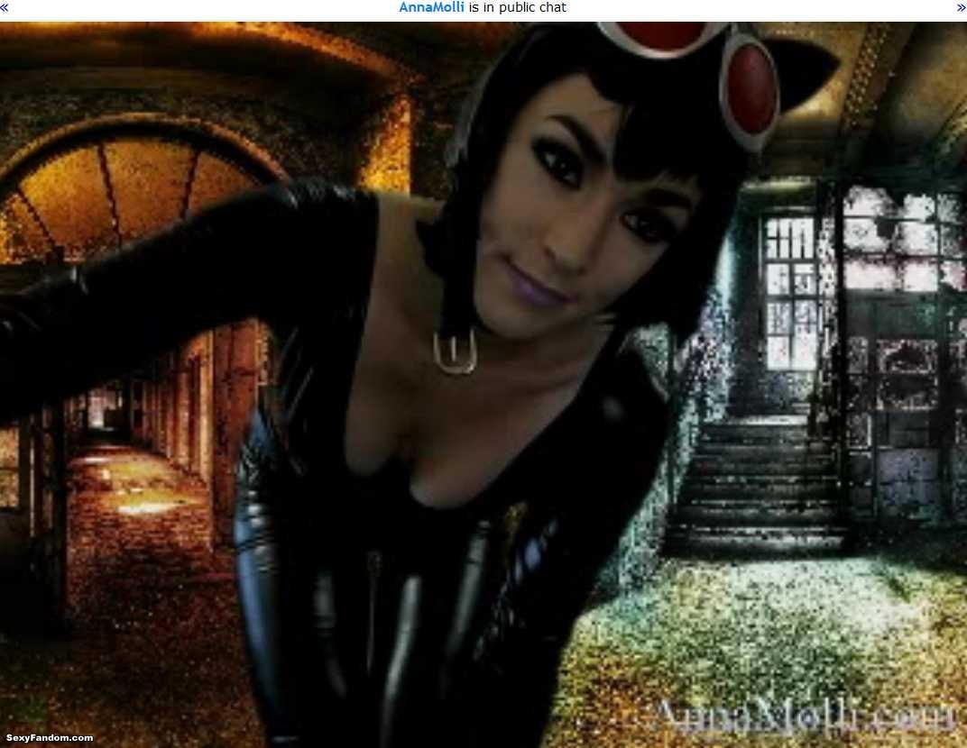 AnnaMolli Catwoman Fetish