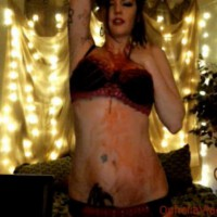 Ophelia Vlad gets bloody with Vamp Play