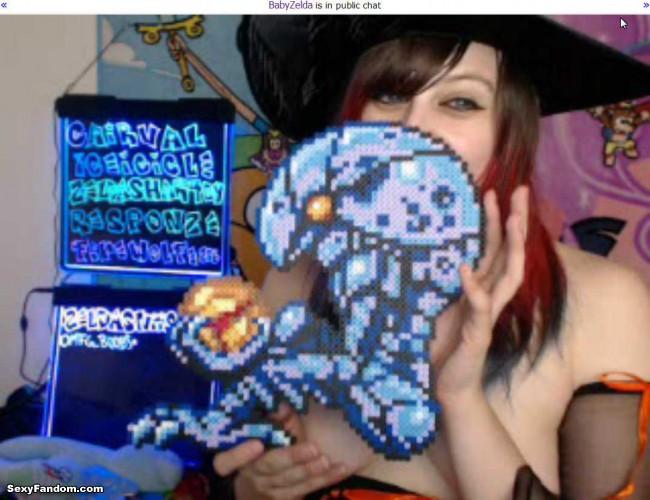 babyzelda witch video games cam