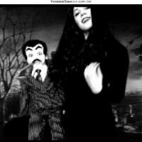 Morticia Veronica Chaos, Gomez Slappy