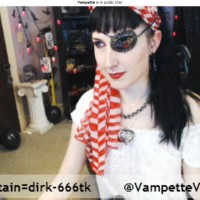 Vampette Brings the Pirate Booty