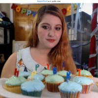 KayleePond Birthday Cake Cam