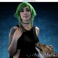 Anna Molli and Ein Go to the Stars