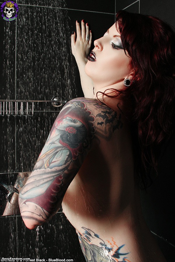 penny-poison-shower-8081