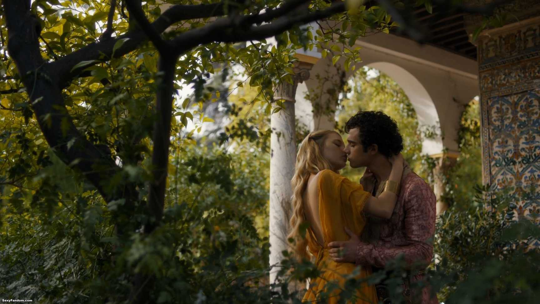 Game of Thrones 46 – Unbowed, Unbent, Unimpressed