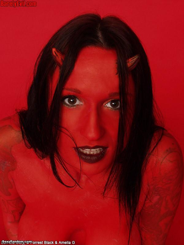 lg_devilgirl045