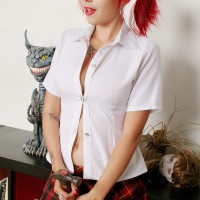 Schoolgirl Scarlet Starr's Overflowing Sensuality