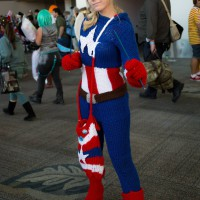 Knitted Captain America Cosplay – FangirlPhysics