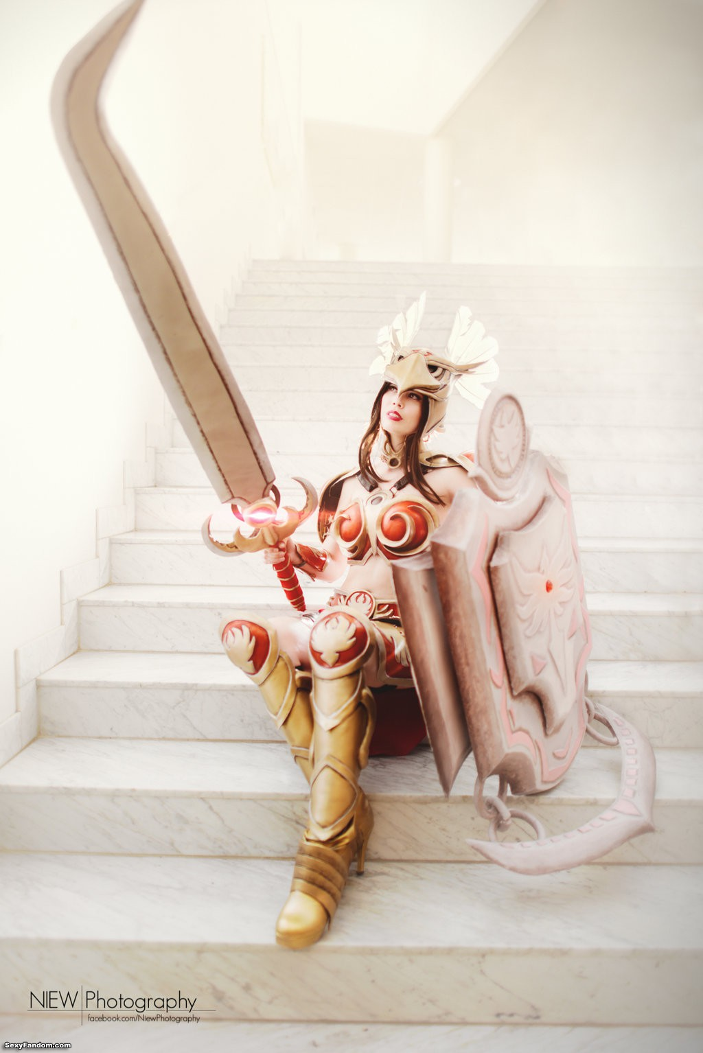 League of Legends Valkyrie Leona by Tine
