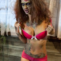 Kleio in the must-see Evil Dead spoof