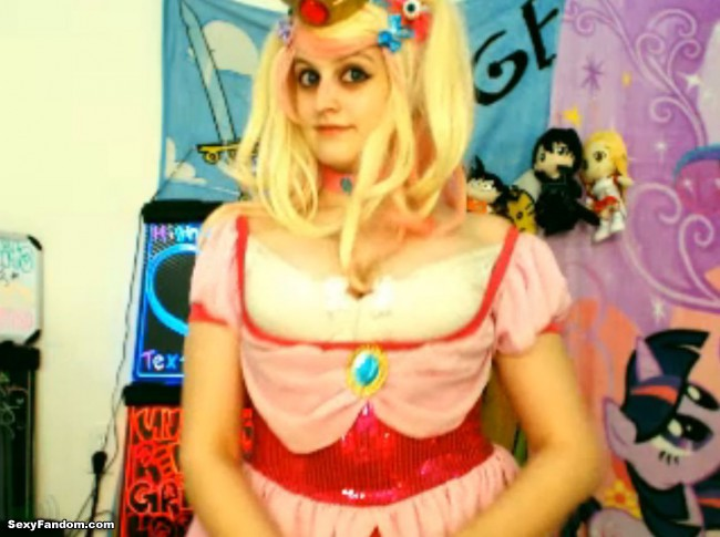 BabyZelda Does Princess Peach