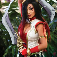 Critical Katarina Cosplay