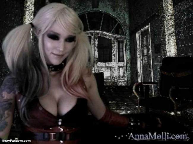 anna-molli-harley-quinn-cam-002