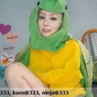 Natalia Grey Scratchy Turtle