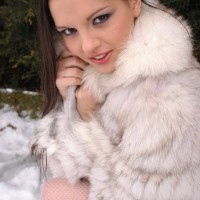 Eve Angel bares all in the snow