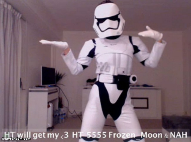 Stormtrooper Dance Party with LovelyKittie