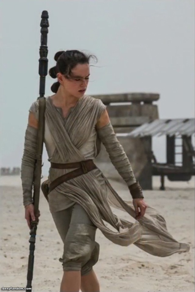 Rey form the Force Awakens