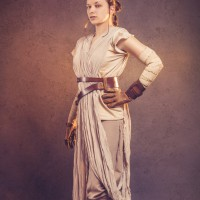 Mowseler Star Wars Rey Cosplay