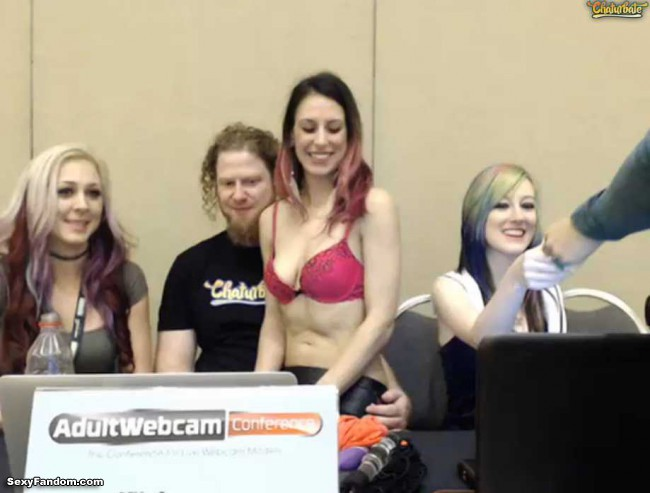 chaturbate-adult-webcam-conference-cam-001