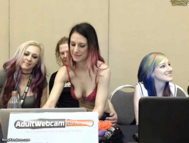 chaturbate-adult-webcam-conference-cam-002