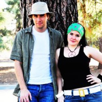 DomesticGeekGirl and Jonathan's Sweet Hayley and Jeff American Dad Cosplay