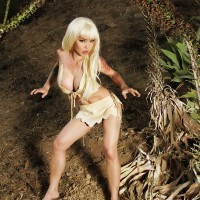 Masuimi Max is the Malibu Cavewoman