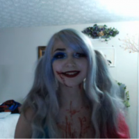 Niennavie bleeds Harley Quinn
