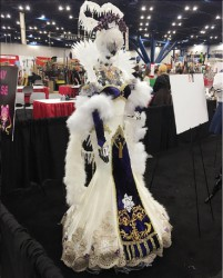 Stella Chuu's Frozen Witch Cosplay Costume at Anime Matsuri 2016 Exhibit