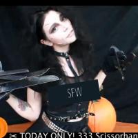 Nintend_xo Edward Scissorhands Cosplay And Pumpkin Carving