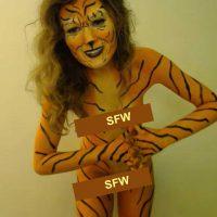 RedneckSaloon Fun Tiger Bodypaint