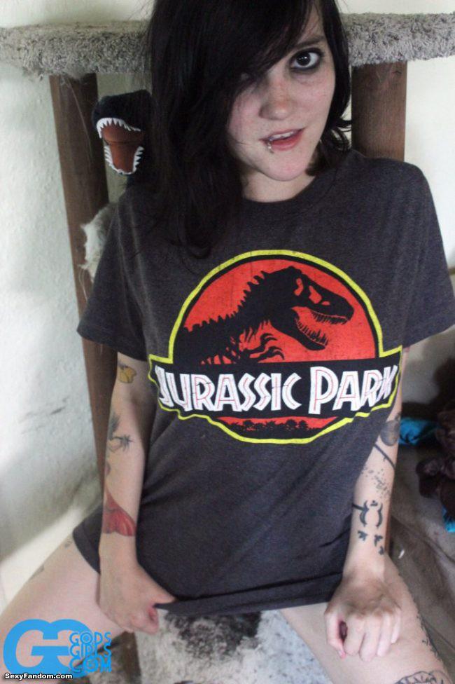 Kvlt Godsgirls Jurassic Park Cosplay