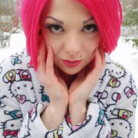 Miss-Lolo Lets Her Sensuality Flow In The Snow