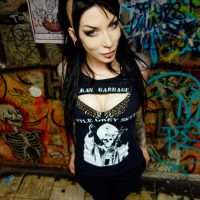 Getting Dark and Gritty With RazorCandi