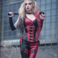 Hiya Puddin'!!!: Harley Quinn Corset Cosplay by Absentia