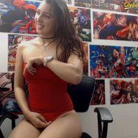 Alananixon is a Super Superhero Fan