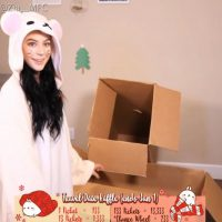Zia_xo Makes Building A Christmas Fort Cute And Sexy