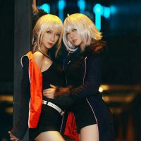 Simple and Beautiful Artoria Pendragon and Jeanne d'Arc Cosplay