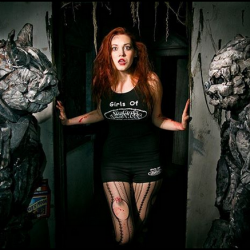 Freaky Gargoyle Cosplay by Haunted Cosplay and Rotten Artist