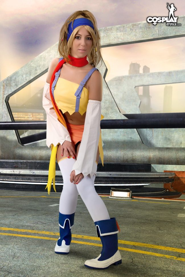 Final Fantasy Comes To Life With Cosplay Erotica's Shelly