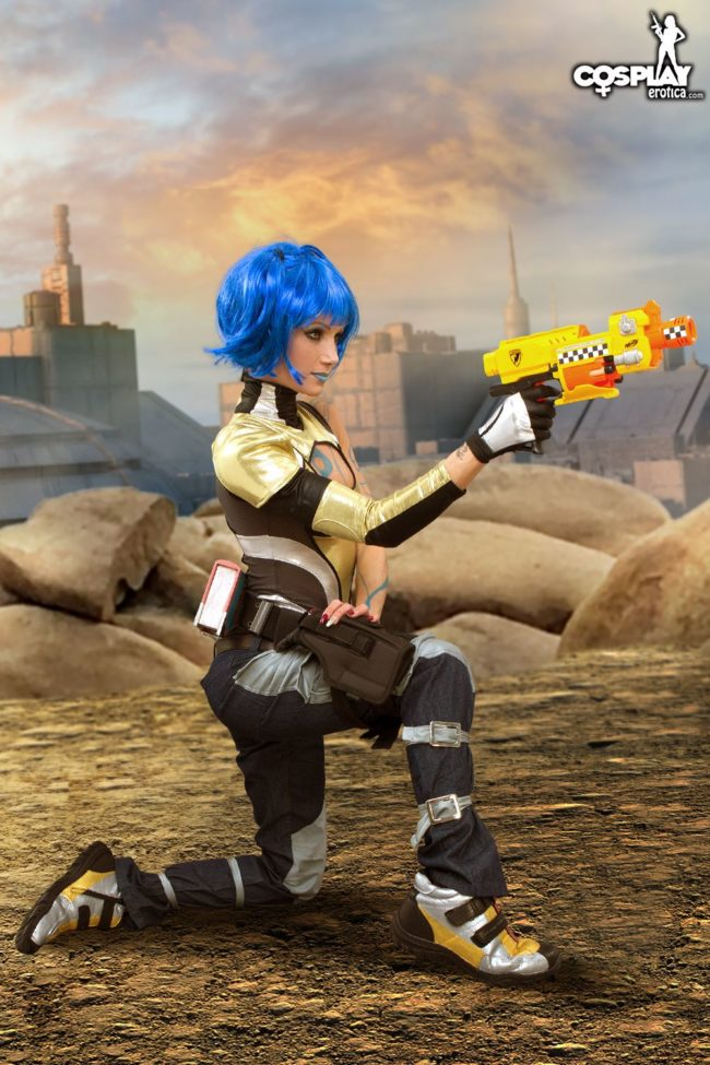 Cosplay Erotica and Zorah Are Ready To Shoot In The Borderlands