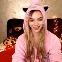 oo0o0pssso0ph Uses Her Jigglypuff Onesie And It's Super Effective