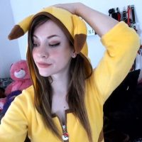 KayleeKarina's Pikachu Is Here To Stun And Have Some Fun