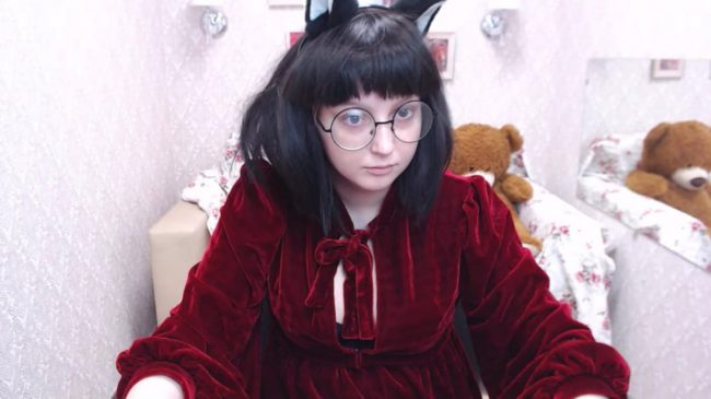 AnataNoImouto Is A Cutie-Cat In Red