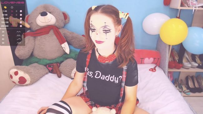 Lexi_Kiss Is Not Clowning Around