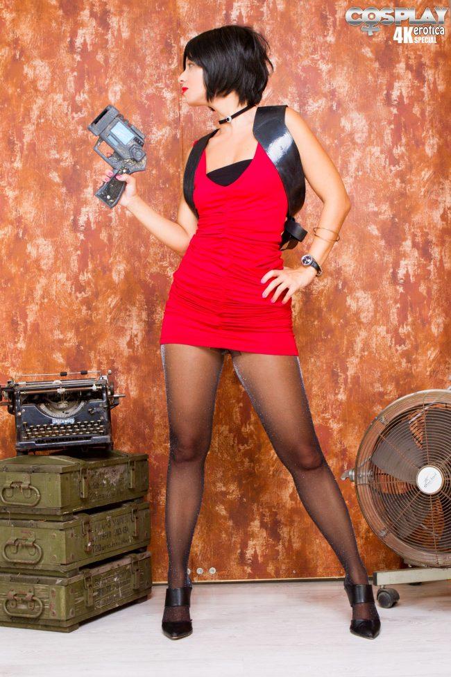 Cosplay Erotica's Vickie Brown Channels Her Inner Spy