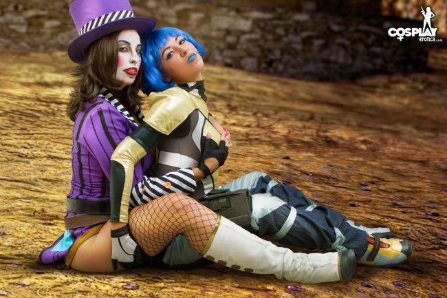 Cosplay Erotica's Mea Lee And Liuna Cosplay As Maya and Mad Moxxi